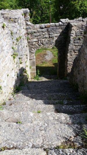 Eingang zum Palas der Burg Treuchtlingen