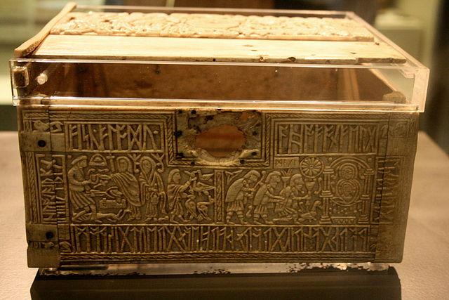 Franks Casket (oder Runenkästchen von Auzon) mit angelsächsischen Runen